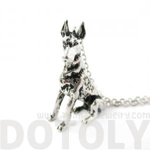 3D Detailed Doberman Pinscher Shape..