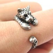 Realistic Leopard Animal Wrap Around Hug Ring in Silver - Sizes 4 to 9