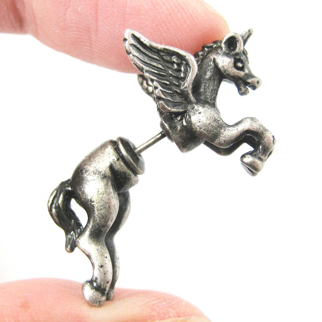 Fake Gauge Realistic Pegasus Unicorn with Wings Animal 3D Plug Stud Earrings in Silver