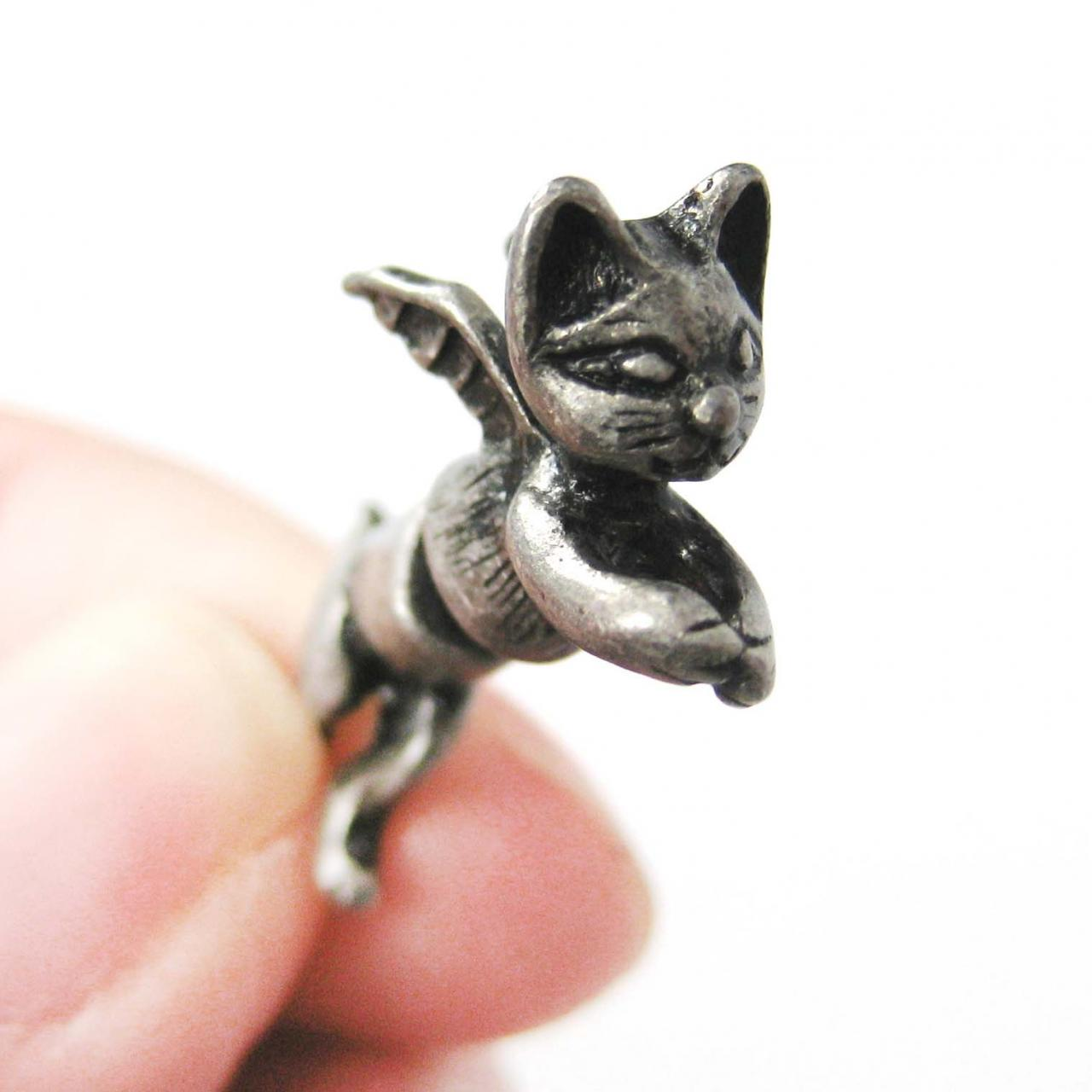 3D Fake Gauge Kitty Cat Burglar Animal Stud Earrings in Silver