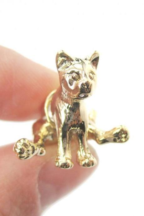 3D Sitting Cat Figurine Shaped Fake Ear Gauge Stud Earrings in Shiny Gold