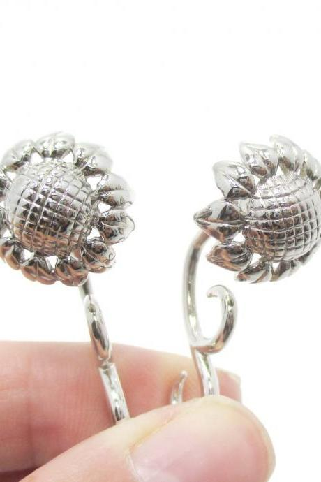 3D Realistic Fake Gauge Sunflower Shaped Stud Earrings in Shiny Silver