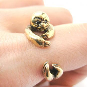 Realistic Sloth Animal Wrap Around Hug Ring in Shiny Gold - Sizes 5 to 10 Available