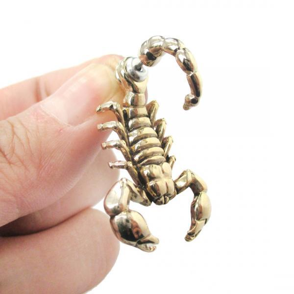 Fake Gauge Realistic Scorpion Shaped Animal 3D Two Part Stud Earrings in Shiny Gold