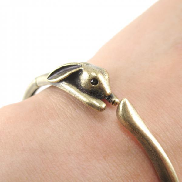 3D Baby Bunny Rabbit Animal Wrap Around Bangle Bracelet in Bronze | Animal Jewelry